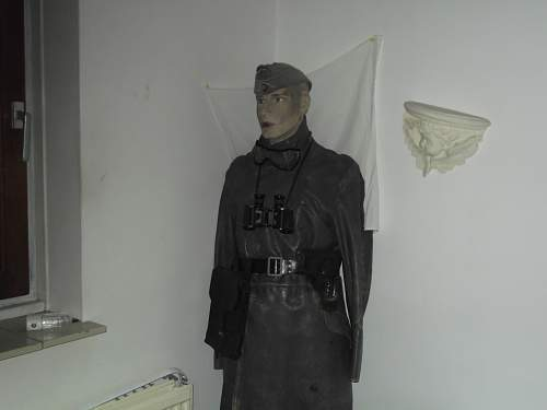 664458d1395518731t-german-officers-mannequin-offi-003.jpg